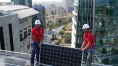 Solar enerji kullanan Türkiye'nin en yüksek binası oldu