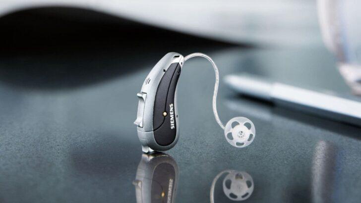 Siemens'in yeni akıllı işitme cihazları akıllı telefonla kontrol ediliyor