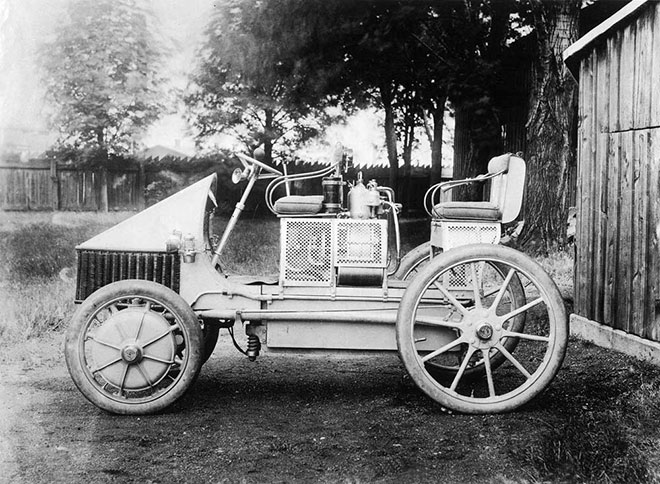 Ferdinand Porsche'nin ürettiği ilk hybrid araba