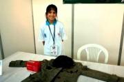 12 yaşındaki Esra Arslan Görme Engelliler için Sensörlü Ceket Yaptı
