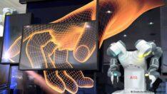 Hannover'de robotlar görücüye çıktı