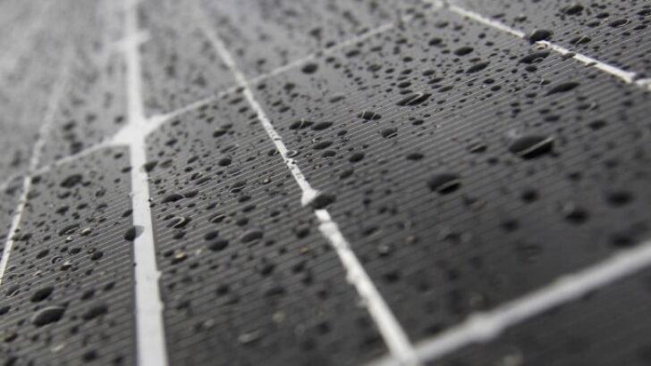 Yağmur Damlalarından Enerji Üretebilen Güneş Paneli